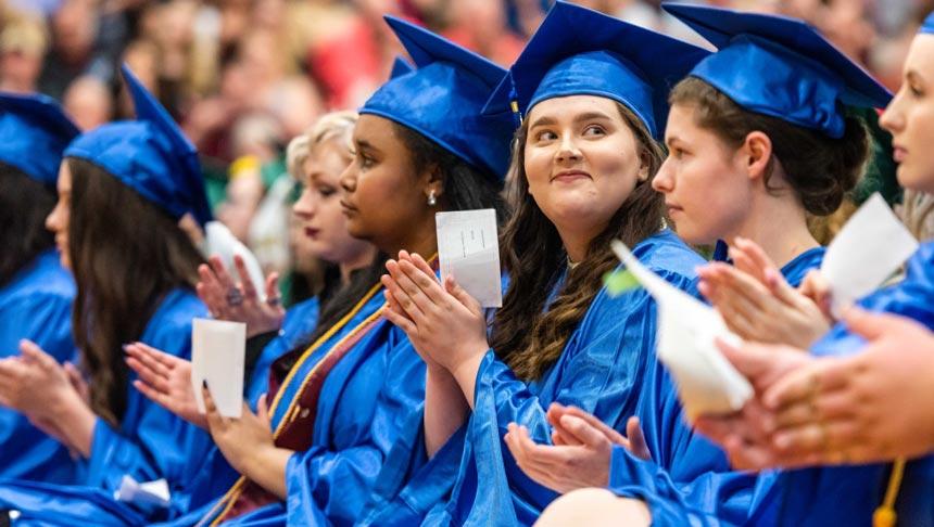 ¡Felicitaciones, graduados!